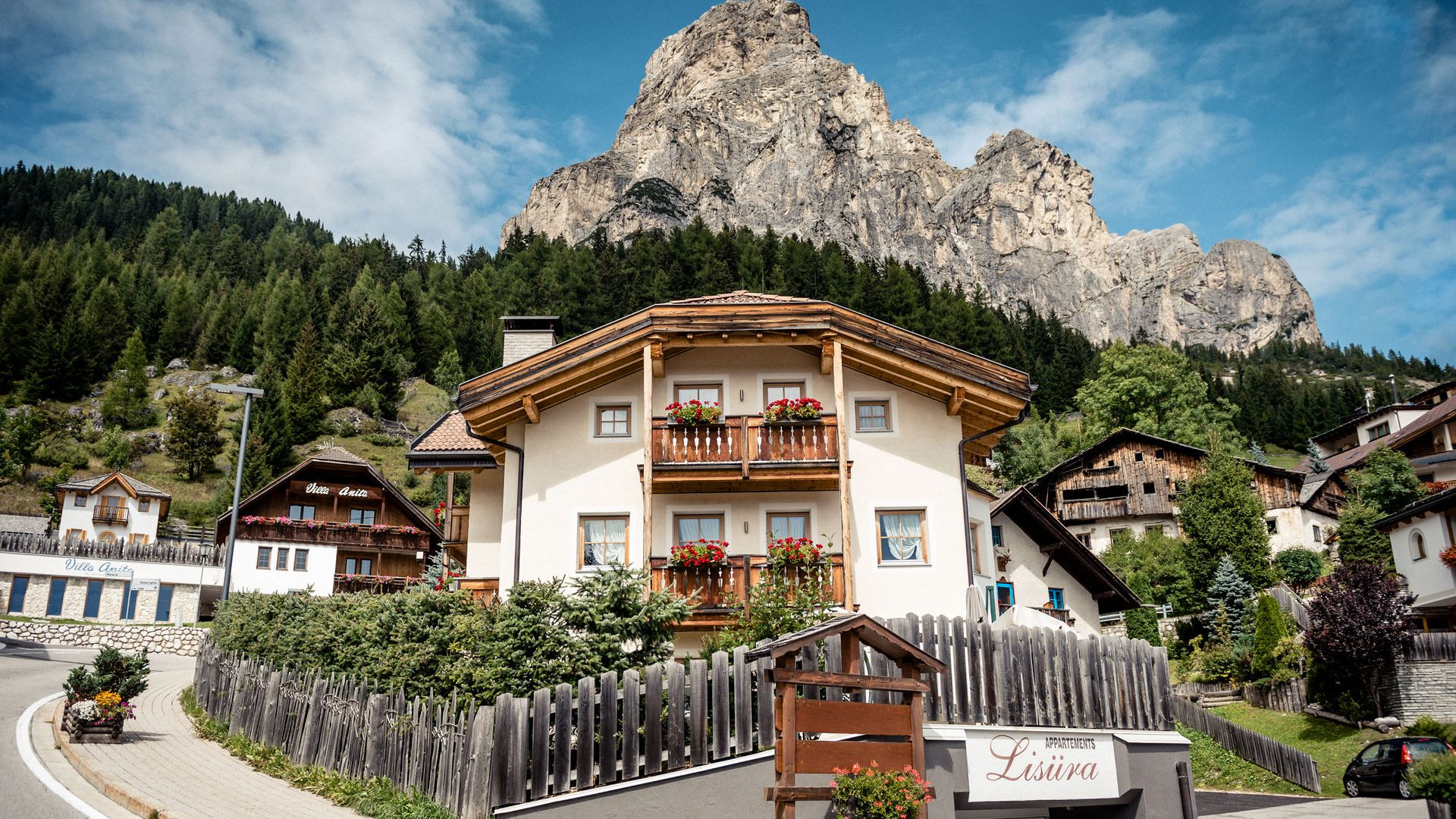 Bilder: Apartments Lisüra in Corvara